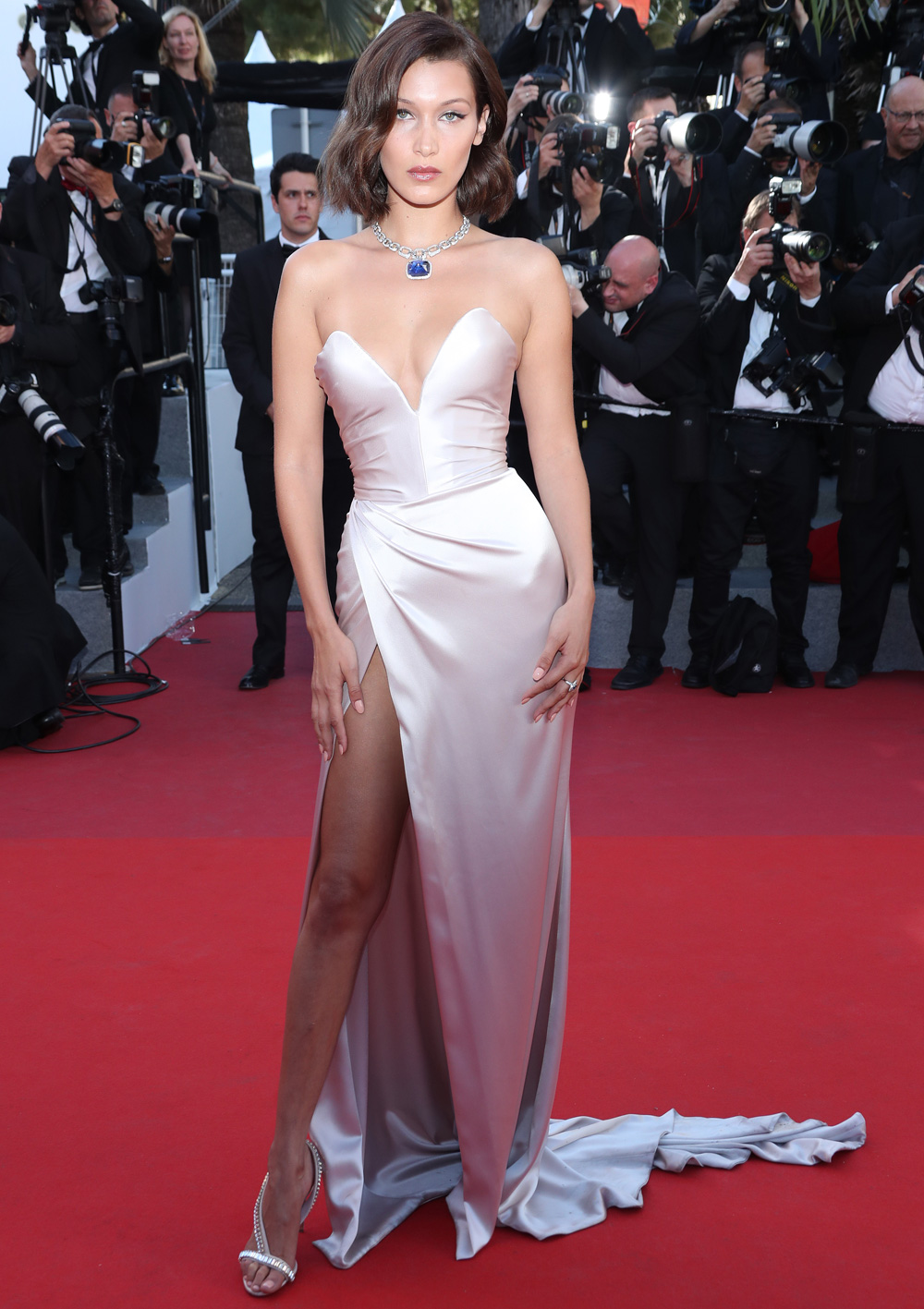 Red Carpet Favourite And Ultra Successful 20 Year Old Model Bella Hadid Simply Stuns In A Light Pink Corset Style Alexandre Vauthier Dress With Daring
