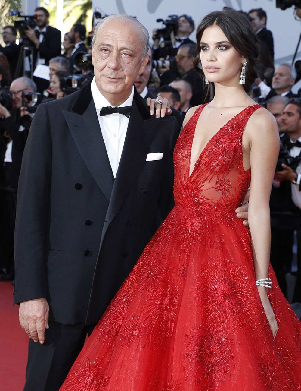 Portuguese Top Model Sara Sampaio Stunned In Her Red Gown Which She Styled With De Grisogono High Jewellery White Diamond Earrings A Ring Gold