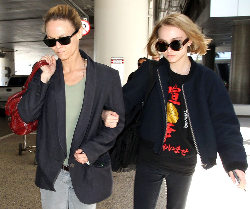10 Beautiful Celebrity Mother-Daughter Duos | About Her
