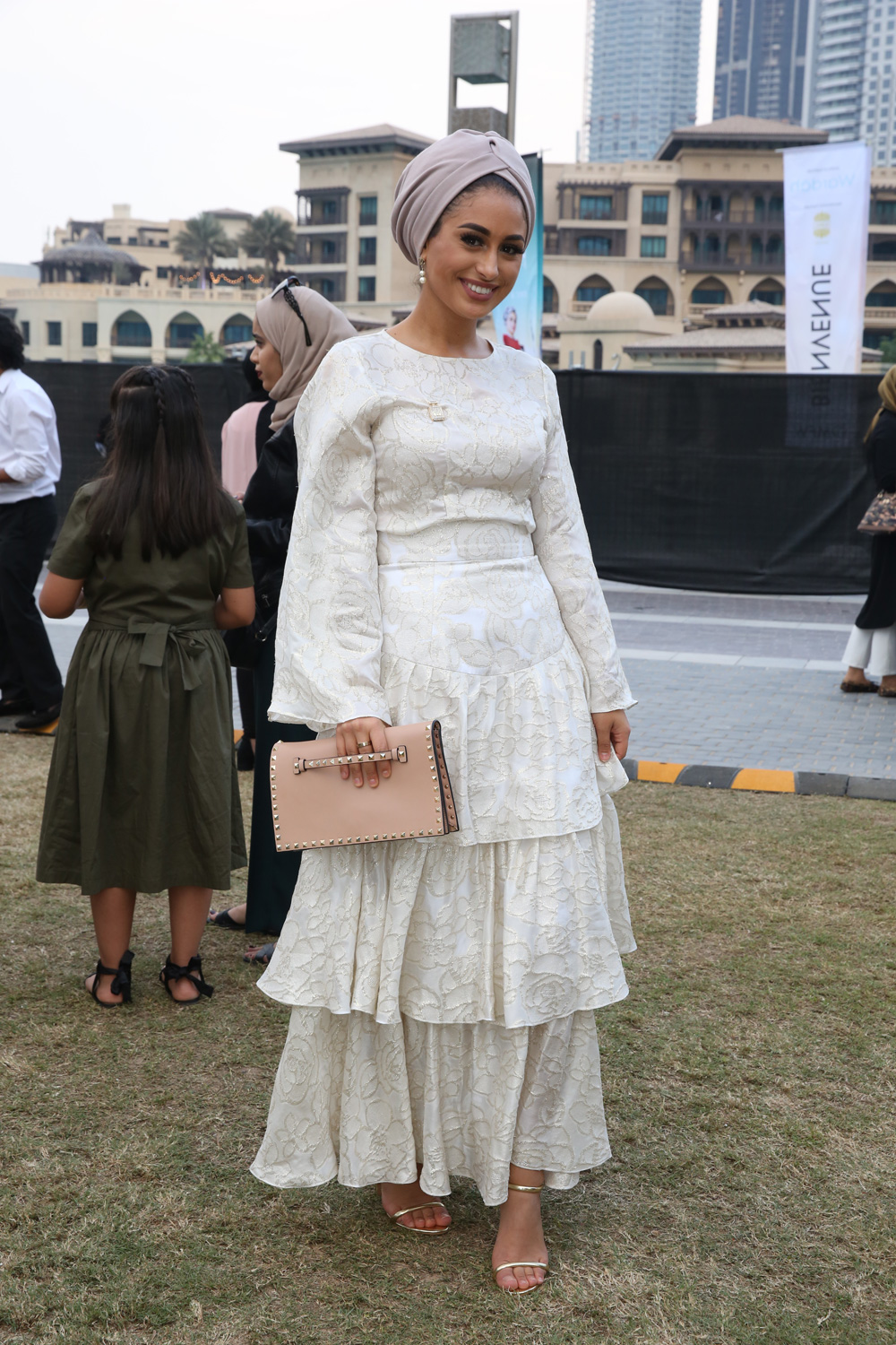 Modest Fashion: Everything You Need to Know About It   Who