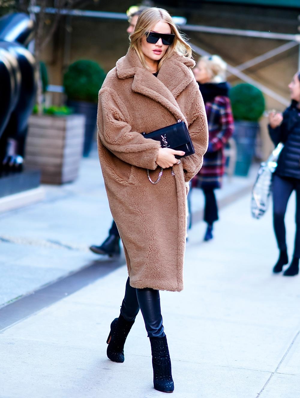 Rosie Huntington-Whiteley Wearing a Max Mara Teddybear ...
