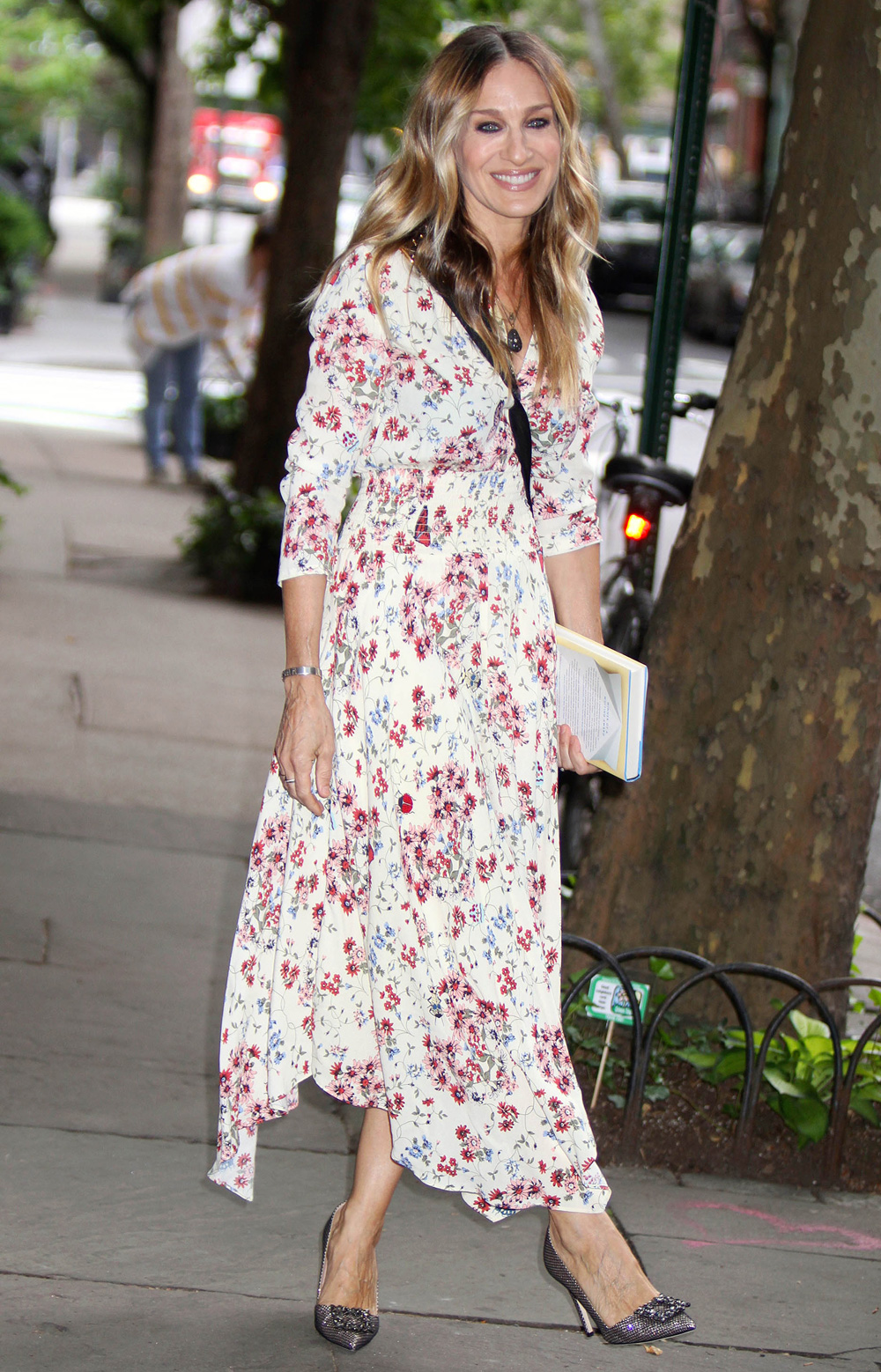 sarah jessica parker steps out in a maje maxi dress