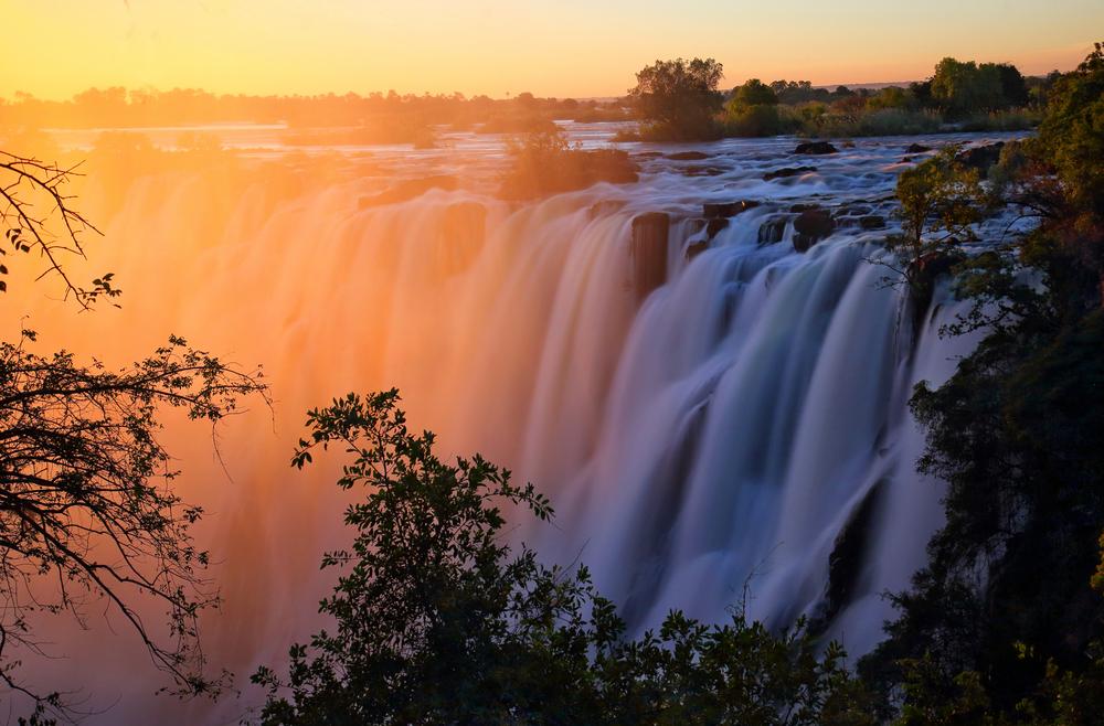 7 amazing waterfalls around the world